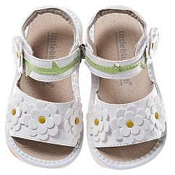 Little Blue Lamb Toddler White Flower Leather Squeaky Sandals - Thumbnail 1