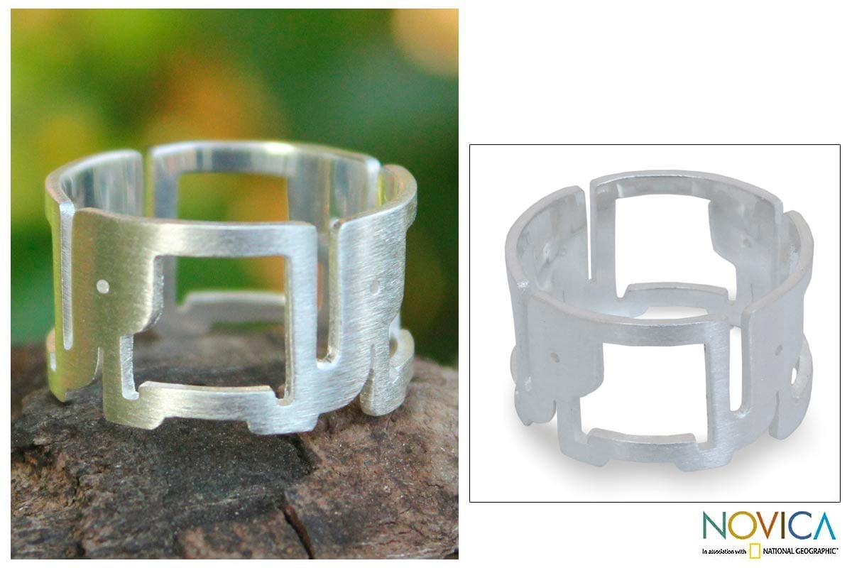 Handmade Sterling Silver 'Elephant Line' Ring (Thailand)