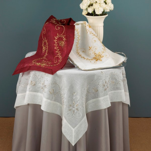Merveilleux Embroidered Hand Beaded Table Linens
