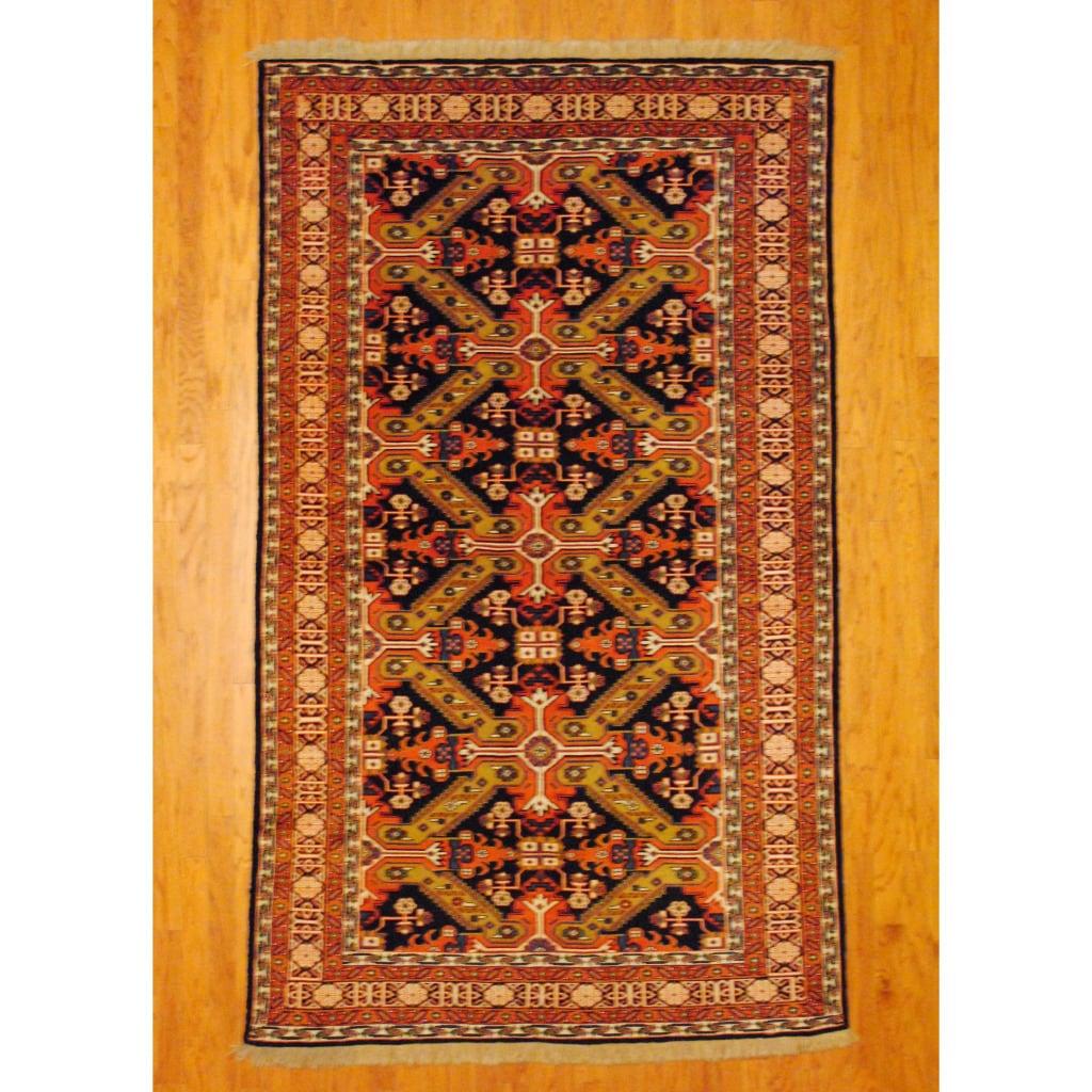 Herat Oriental Persian Hand-knotted Tribal Kurdish Wool Rug (5'6 x 9'3)