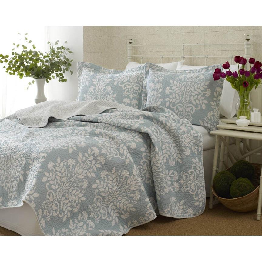 Laura Ashley Rowland 3-piece Quilt Set (King), Blue (Cott...
