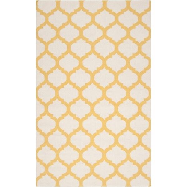 "Hand-woven Yellow Caroni Wool Area Rug - 3'6"" x 5'6"""