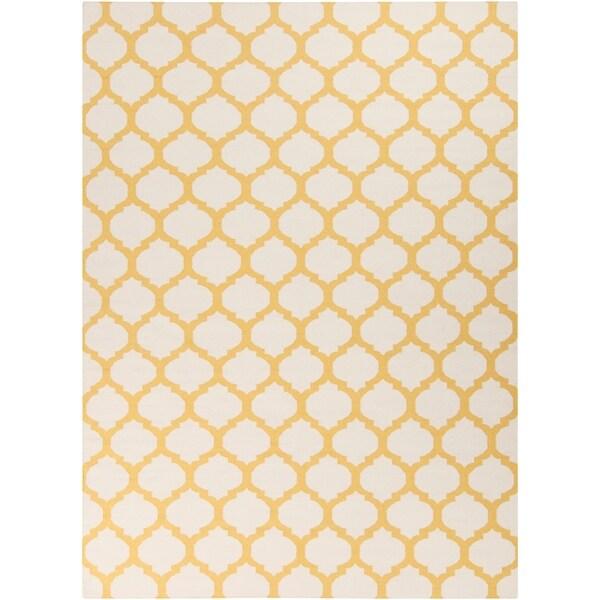 Hand-woven Yellow Caroni Wool Area Rug - 8' x 11'