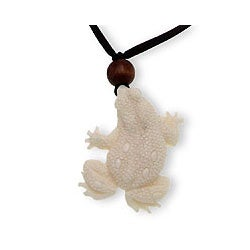 Handmade Bone Men's 'Frog Prince' Necklace (Indonesia)