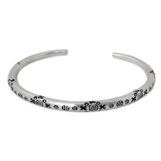 Handmade Men's Silver 'Karen Mystique' Cuff Bracelet (Thailand)