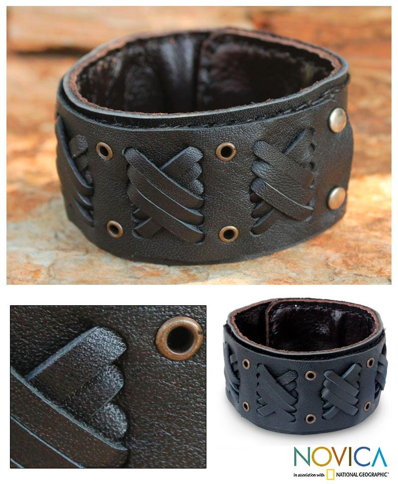 Leather Men's 'Bold Black Zigzag' Bracelet (Thailand)