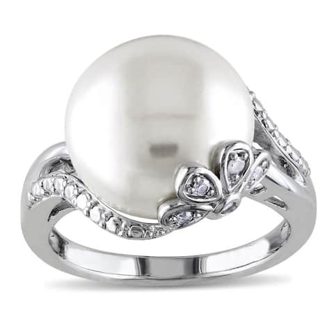 Miadora Sterling Silver Pearl and Diamond Accent Ring (H-I, I3)