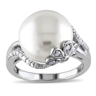 Miadora Sterling Silver Pearl and Diamond Accent Ring (H-I, I3) - White