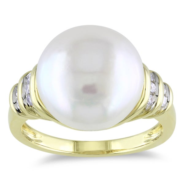 Miadora 10k Yellow Gold Cultured Freshwater Pearl and Diamond Accent Ring (G-H, I1-I2)