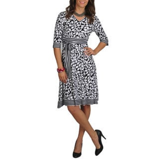 La Cera Women's 3/4 Sleeve V-neck Dress
