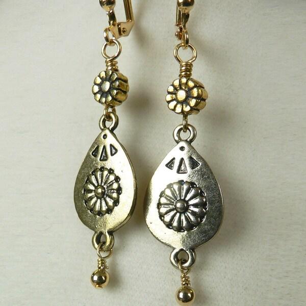 'McKenzie' Metal Earrings