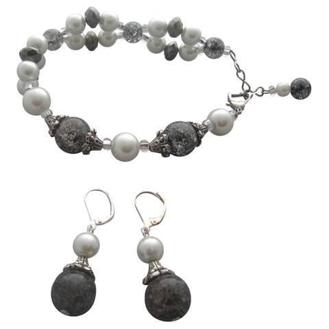 Handmade Elegant Black and White Jewelry Set