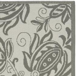 Safavieh Courtyard Bloom Light Grey/ Anthracite Indoor/ Outdoor Rug (2'7 x 5') - Thumbnail 1