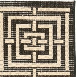 Safavieh Poolside Black/ Bone Indoor/ Outdoor Rug (2'7 x 5') - Thumbnail 1