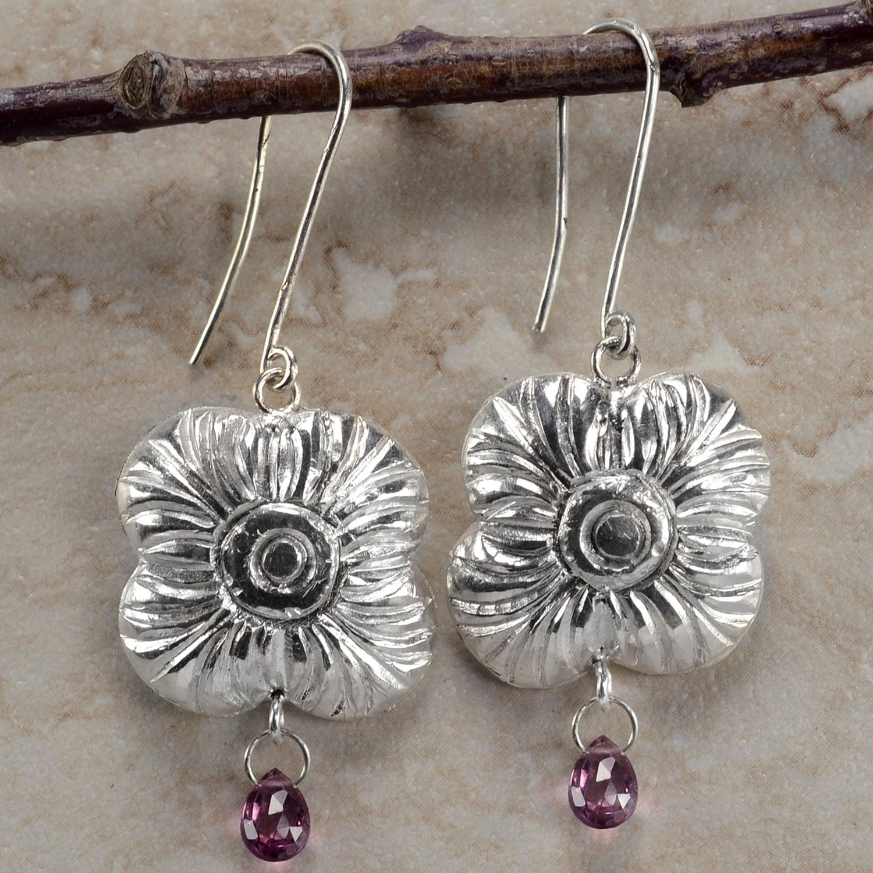 Ashanti 'Na' Flower Sterling Silver and Rhodolite Garnet Briolette Dangle Earrings (Sri Lanka)