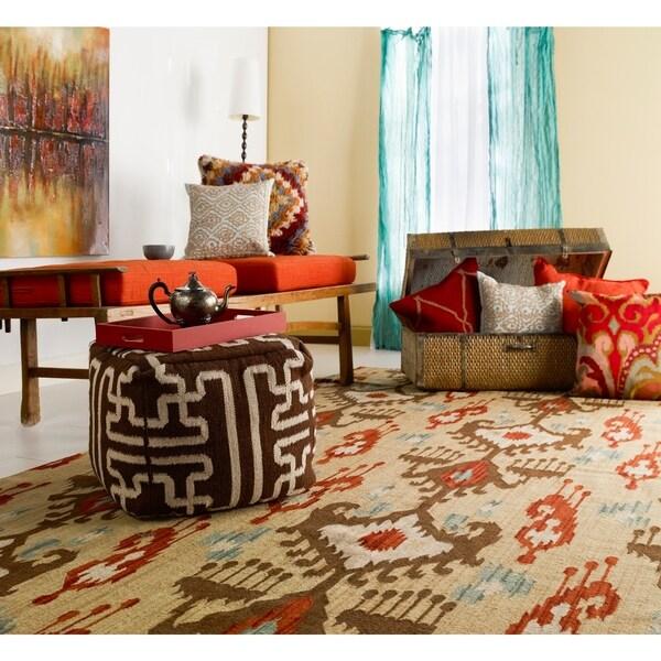 Hand-woven Tan Caroni Wool Area Rug - 5' x 8'