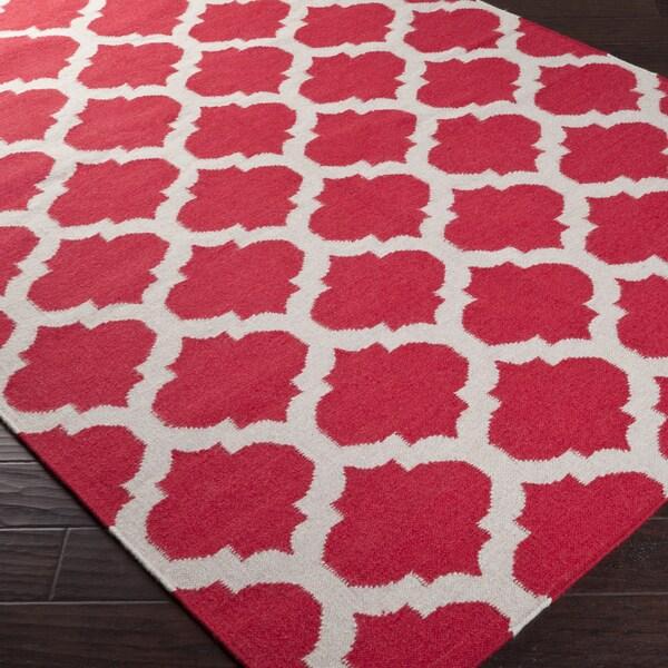 Hand-woven Red Caroni Wool Rug (5' x 8')