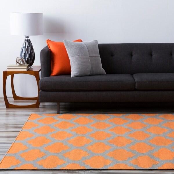 Hand-woven Orange Caroni Wool Area Rug - 5' x 8'