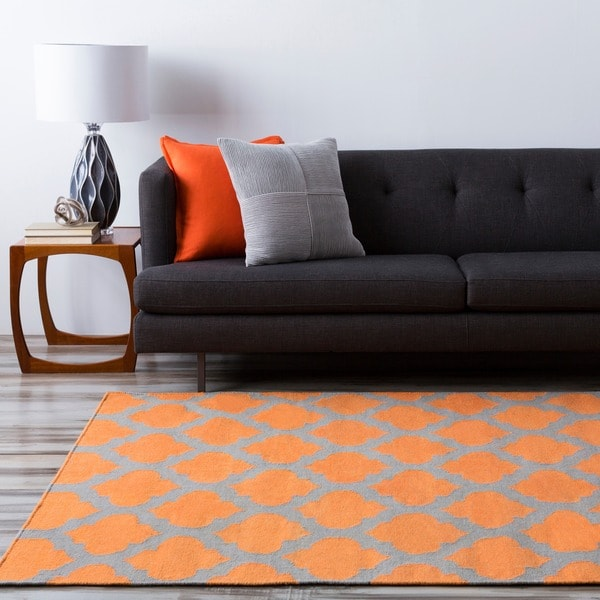 Hand-woven Orange Caroni Wool Rug (8' x 11')