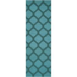 Hand-woven Green Caroni Wool Rug (2'6 x 8')