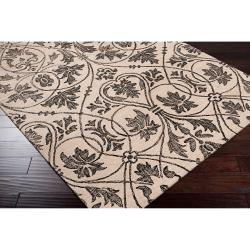 Woven White Carron Bay Wool and Nylon Rug (5' x 7'6)