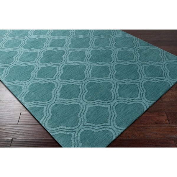 """Hand-crafted Green Mantra Wool Area Rug - 2'6"""" x 8'"""