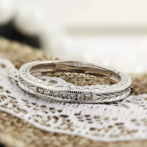 Auriya 1/8ctw Vintage Carved Diamond Wedding Band 10k Gold