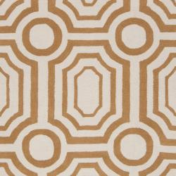 Hand-tufted Gold Hudson Park Polyester Rug (5' x 7'6) - Thumbnail 2