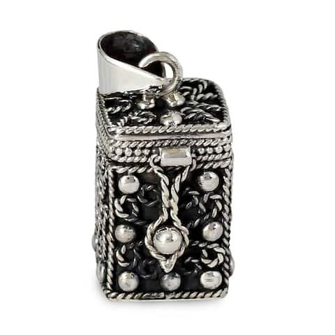 "Handmade Prayer Box Sterling Silver Locket Pendant (India) - 7'6"" x 9'6"""