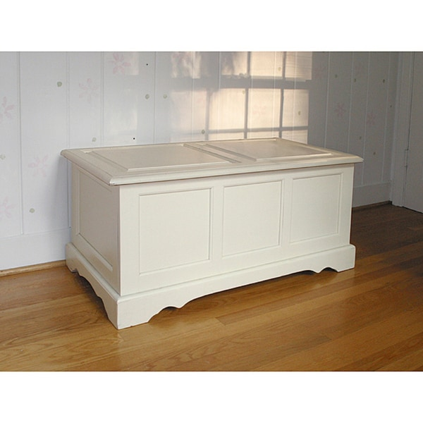 Devonshire Antique Ivory Blanket Chest