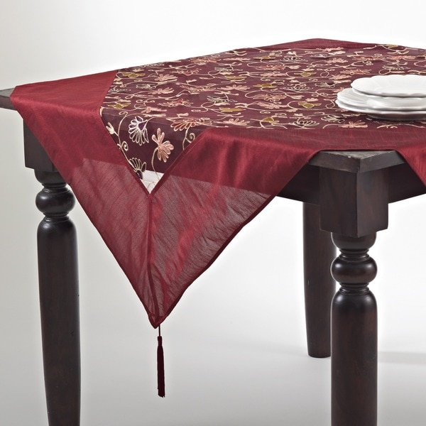 Crewel Work Embroidered Table Linens