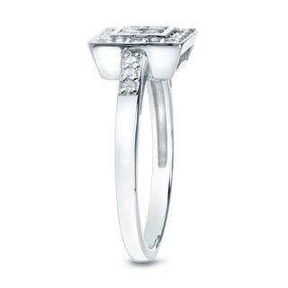 10k Gold 1/3ct TDW Round Diamond Engagement Ring