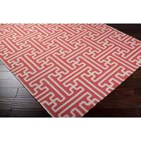 Hand-woven Red Queens Bay Wool Area Rug - 2'6 x 8'