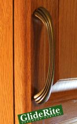 GlideRite 4.5-inch Antique Brass Shell Cabinet Pulls (Set of 10)
