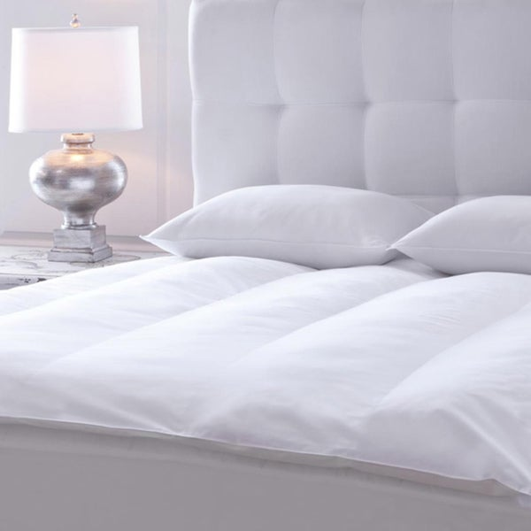 Plush 230 Thread Count King Cal King Size Fiber Bed