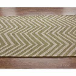 nuLOOM Handmade Alexa Chevron Green Wool Runner (2'6 x 10') - Thumbnail 1