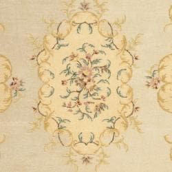 Safavieh Handmade Light Green/ Beige Hand-spun Wool Rug (8' x 10') - Thumbnail 2