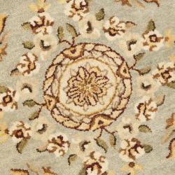 Safavieh Handmade Oasis Light Blue/ Ivory Hand-spun Wool Rug (8' Round) - Thumbnail 2
