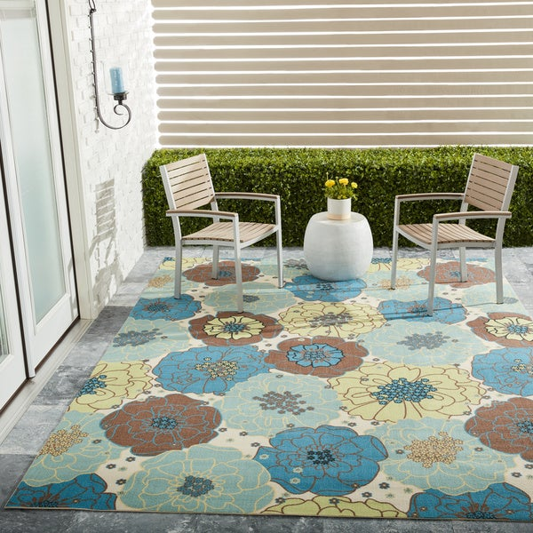 Nourison Home and Garden Blue Floral Indoor/Outdoor Rug - 10' x 13'