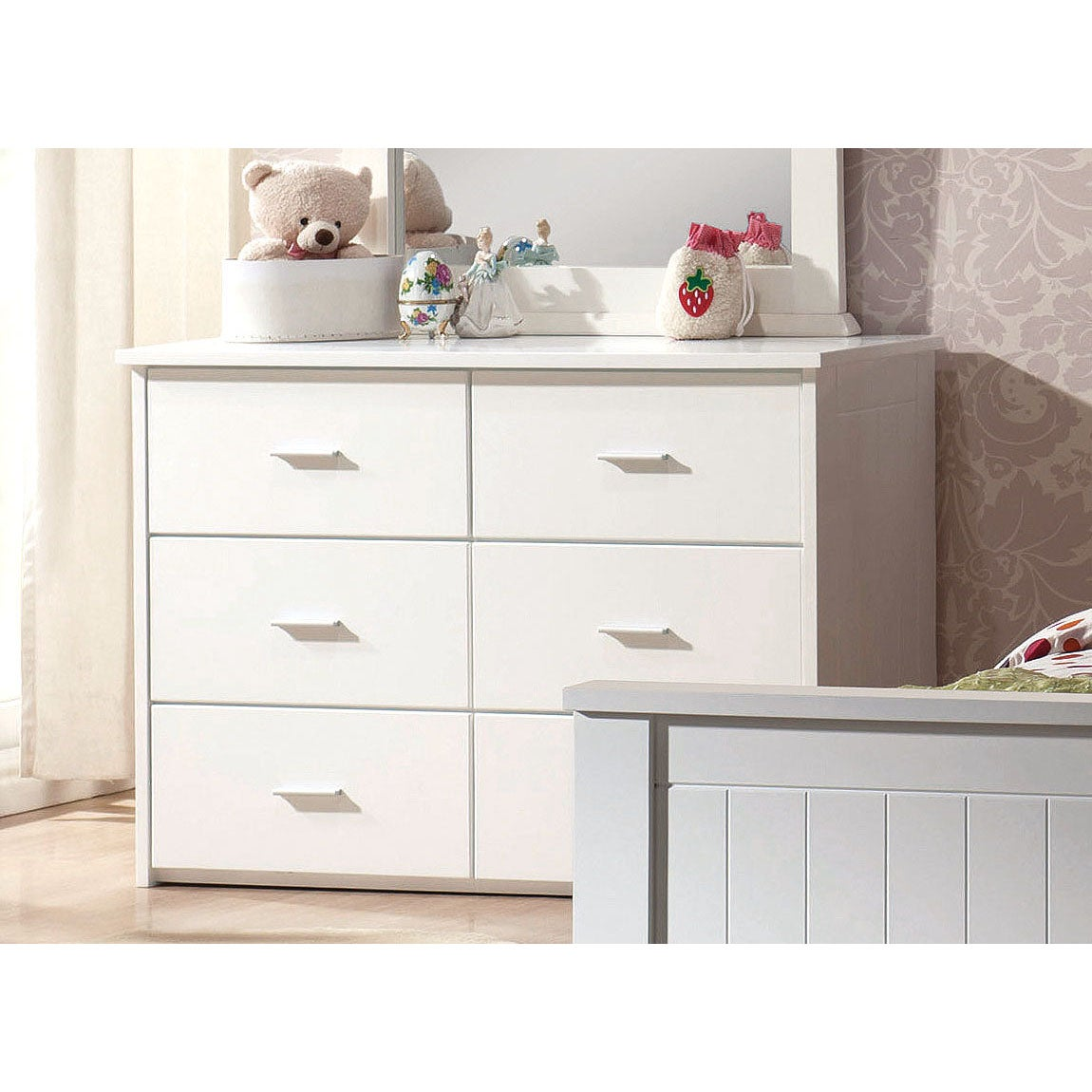 White Bungalow 6-Drawer Dresser