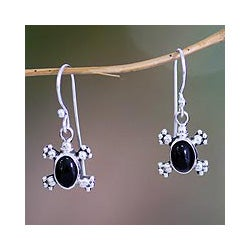 Sterling Silver 'Turtle Trails' Onyx Earrings (Indonesia)