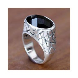 Handmade Sterling Silver Men's 'Tabanan Hero' Onyx Ring (Indonesia)