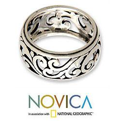 Handmade Sterling Silver 'Karangasem Castle' Band Ring (Indonesia)