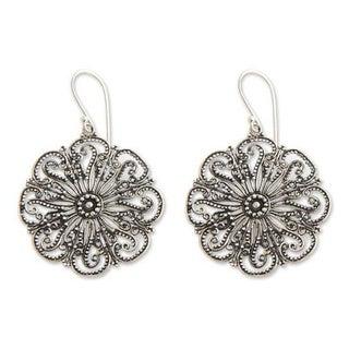 Handmade Sterling Silver 'Gardenia Halo' Flower Earrings (Indonesia)