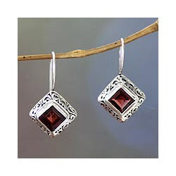 Sterling Silver 'Ubud Goddess' Garnet Earrings (Indonesia)