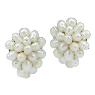 Handmade Pasty Forest Freshwater White Pearl Grape Clip On Earrings (Thailand)