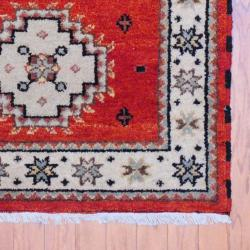 Indo Hand-knotted Kazak Rust/ Ivory Wool Rug (3' x 5') - Thumbnail 2