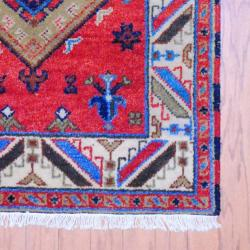Indo Hand-Knotted Kazak Red/Ivory Geometric-Patterned Indoor Wool Rug (3' x 5') - Thumbnail 2