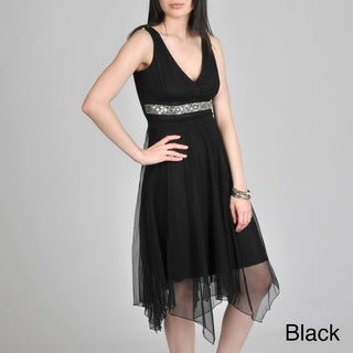 Janine of London Women's V-Neck with Applique Detail Dress
