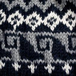 Leisureland Women's Hand-crocheted Black Geometric Beanie Hat - Thumbnail 1